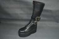 Sun boot black grain boot