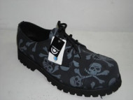 3 eye shoe black suede with grey skull