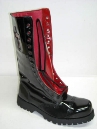 - 14 eye boot blk-red patent with cross