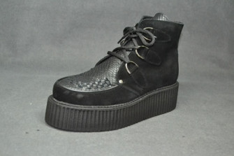 - Double Creeper boot, interlaced - Black suede/ Black snake leather