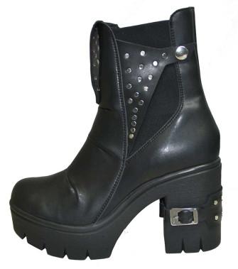 - Camila Boot
