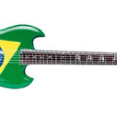 SOULFLY - Max Cavalera: Brazilian-flag style.