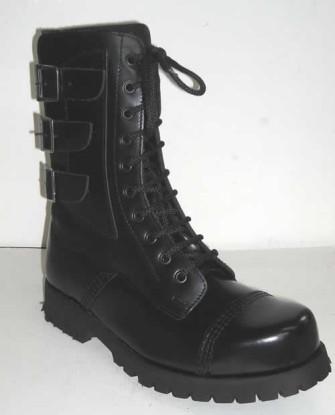 - 3 buckles side black leathe