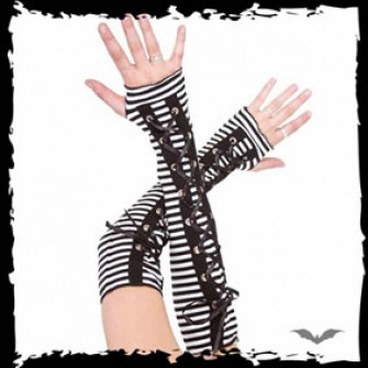 - Gloves with thin black & white stripes
