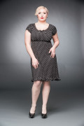 Polka-dotted dress with puffy arms