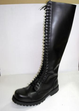 - 30 eye boot black leather