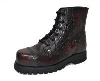 Steelcap boot. Skull embossment in burgundy patent