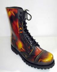 10 eye boot tricolor rub off