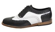 Twist brogue shoe Black and white grain leather. Black laces.