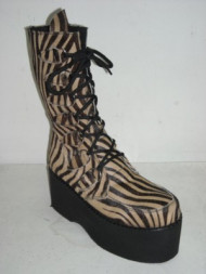 D-ring platform boot capucino zebrino
