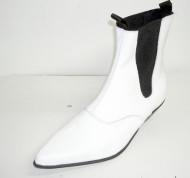 Beat boot white patent
