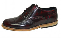 Gatsby brogue shoe. Burgundy rubboff