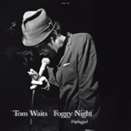 Foggy night: unplugged