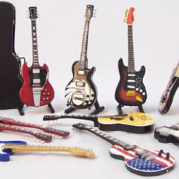 Guitars (Miniatures)